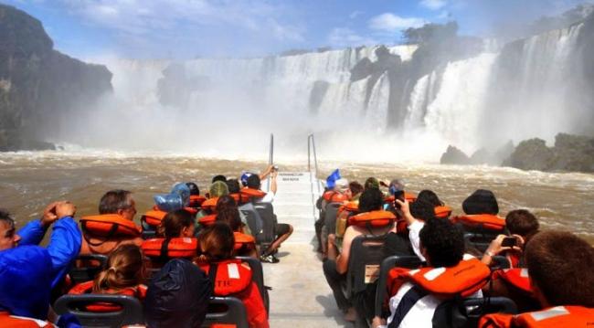 A NATURAL WONDER en CATARATAS DEL IGUAZU - PRE VIAJE Verano 2021 desde NEA
